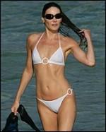 Famous-Milf-Nude-Hollywood-Moms-Carla-Bruni
