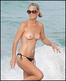 Famous-Milf-Nude-Hollywood-Moms-Laeticia-Hallyday