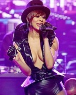 Paparazzi-stalkers-celeb-oops-nude-Keri-Hilson