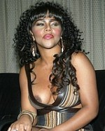 Paparazzi-stalkers-celeb-oops-nude-Lil-Kim