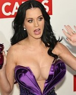 Paparazzi-stalkers-celeb-oops-nude-Katy-Perry