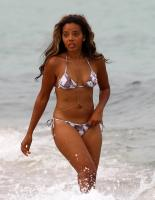 Ebony-Hollywood-Nude-Celebrities-Angela-SimmonsEbony-Hollywood-Nude-Celebrities-Angela-Simmons