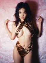 asian-naked-celebrities-reon-kadena