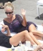 celebrity-reality-nude-kendra-wilkinson